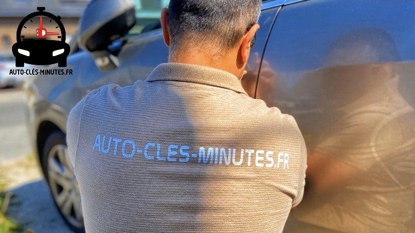 depannage ouverture de portière de voiture par un professionnel de la serrurerie automobile dans le déparement du Nord et dans le Hainaut en Belgique